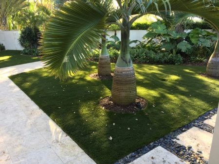 The Advantages And Disadvantages Of Using Artificial Turf